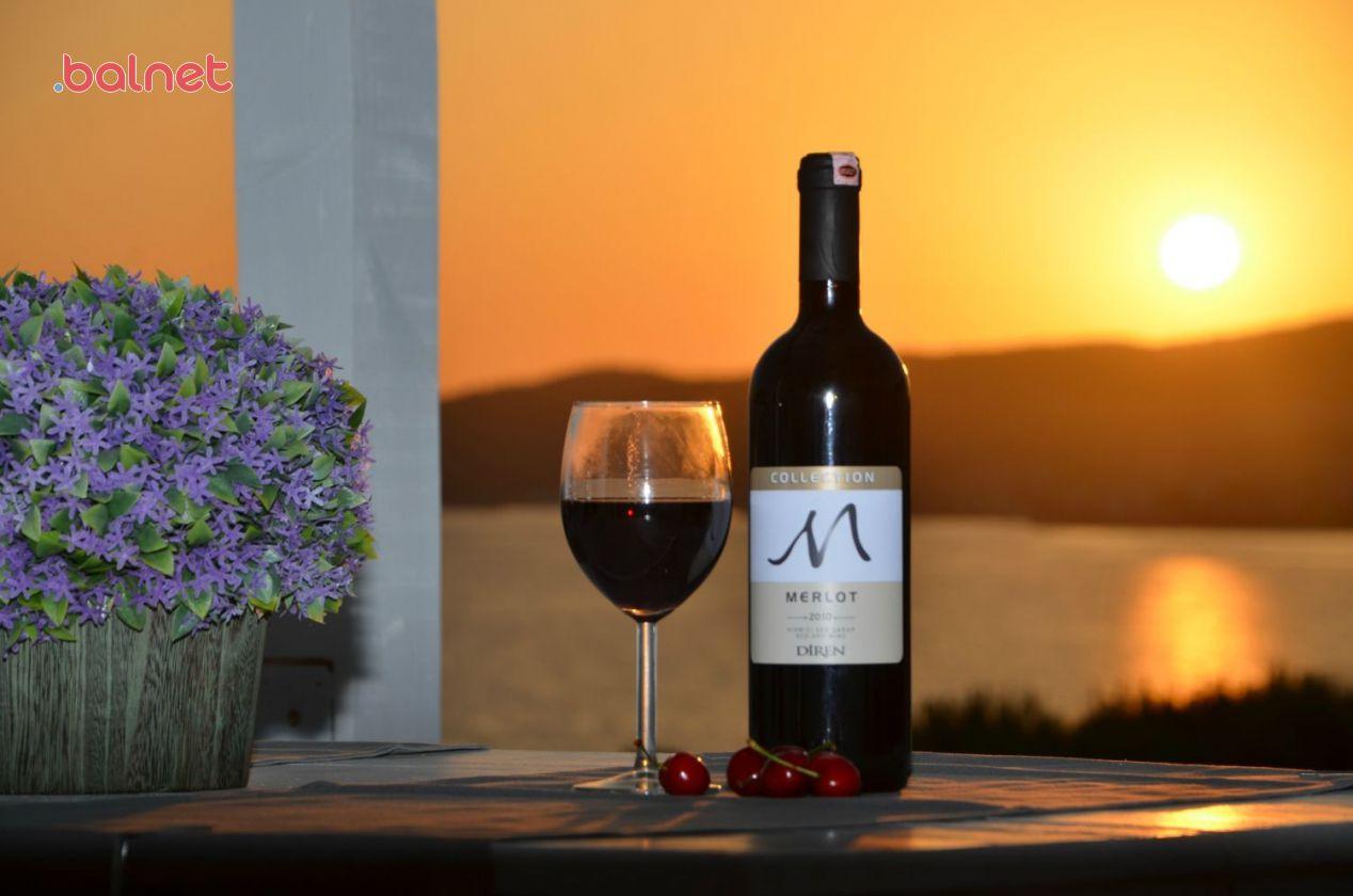 Günbatımında Şarabınızı Yudumlayın