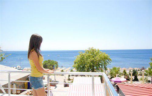 Balkondan Deniz Manzarası