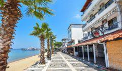 Motelimizin Önü ve Plaj