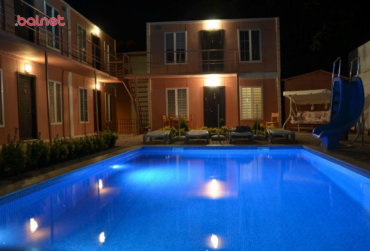Butik Otelimizden Gece Görünümü