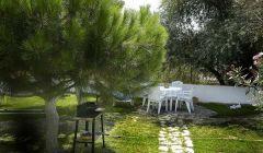 Küçük Ev - Villa Pansiyon Bahçesi
