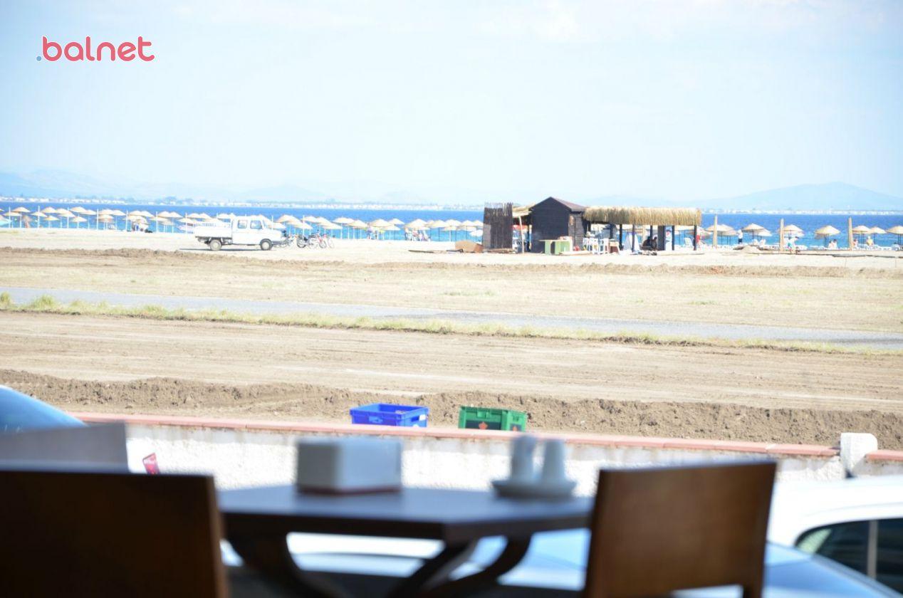 Otelimizden Plajımız