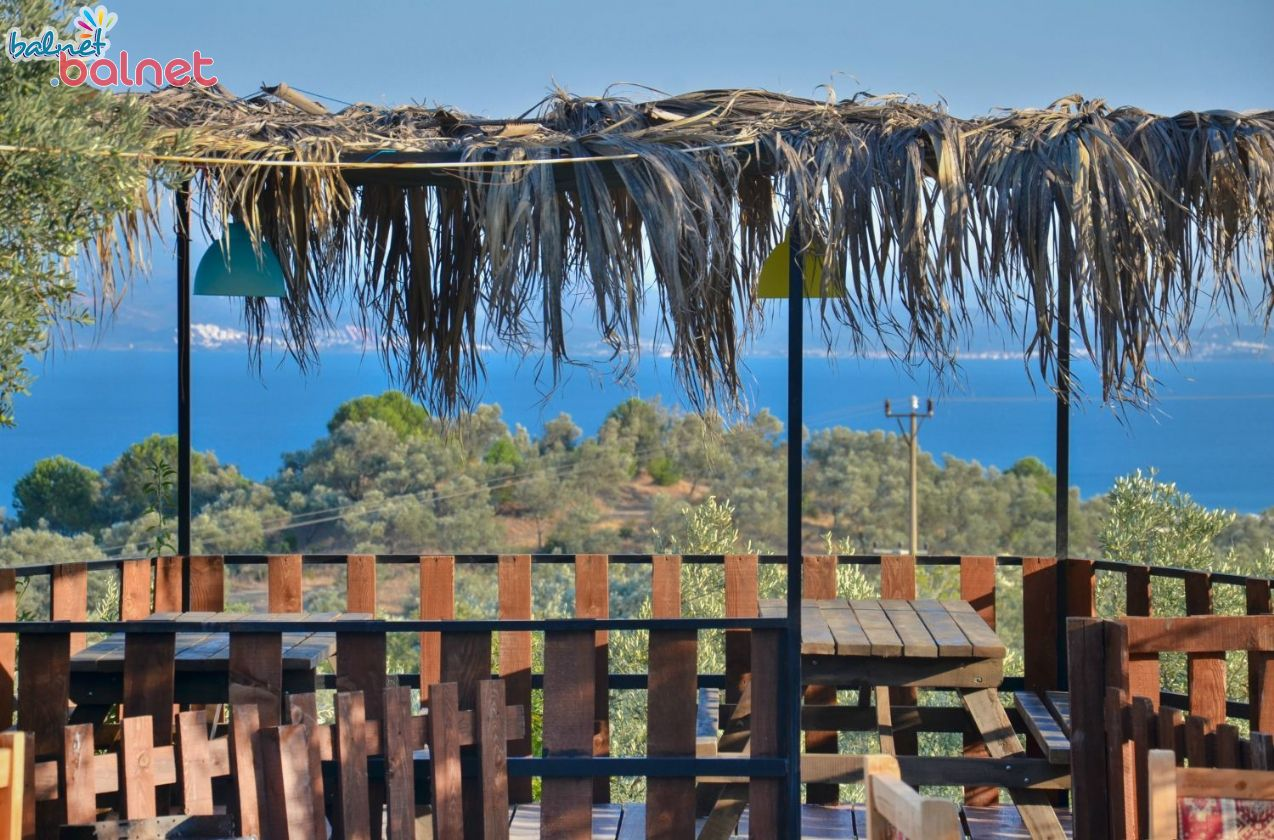 Bahçe Restaurantımızdan Deniz Manzarası