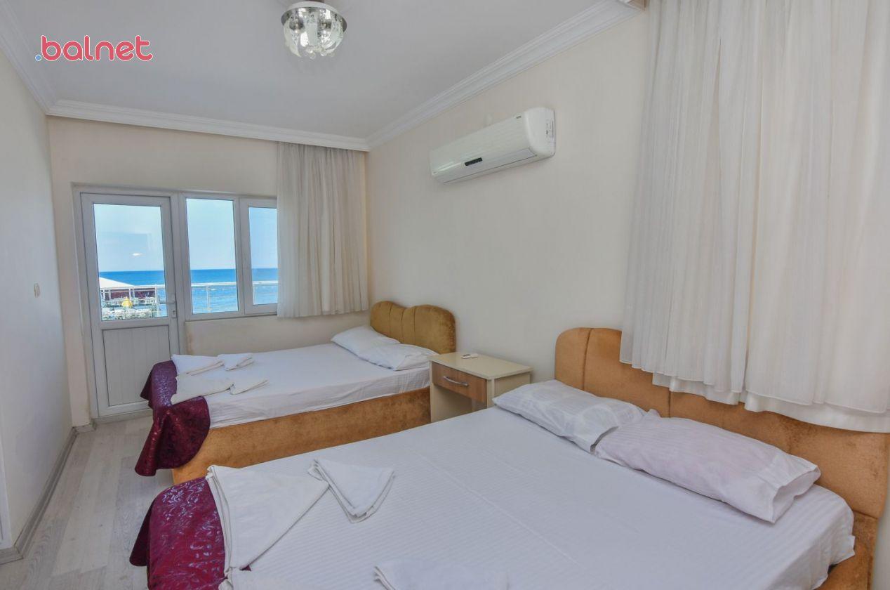 1+1 Deniz Manzaralı Odamız