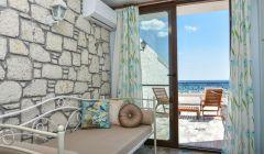 7 Numaralı Deniz Manzaralı Teras Odamız