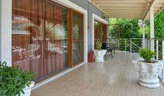 Oda Girişlerimiz ve Bahçe Balkonlar