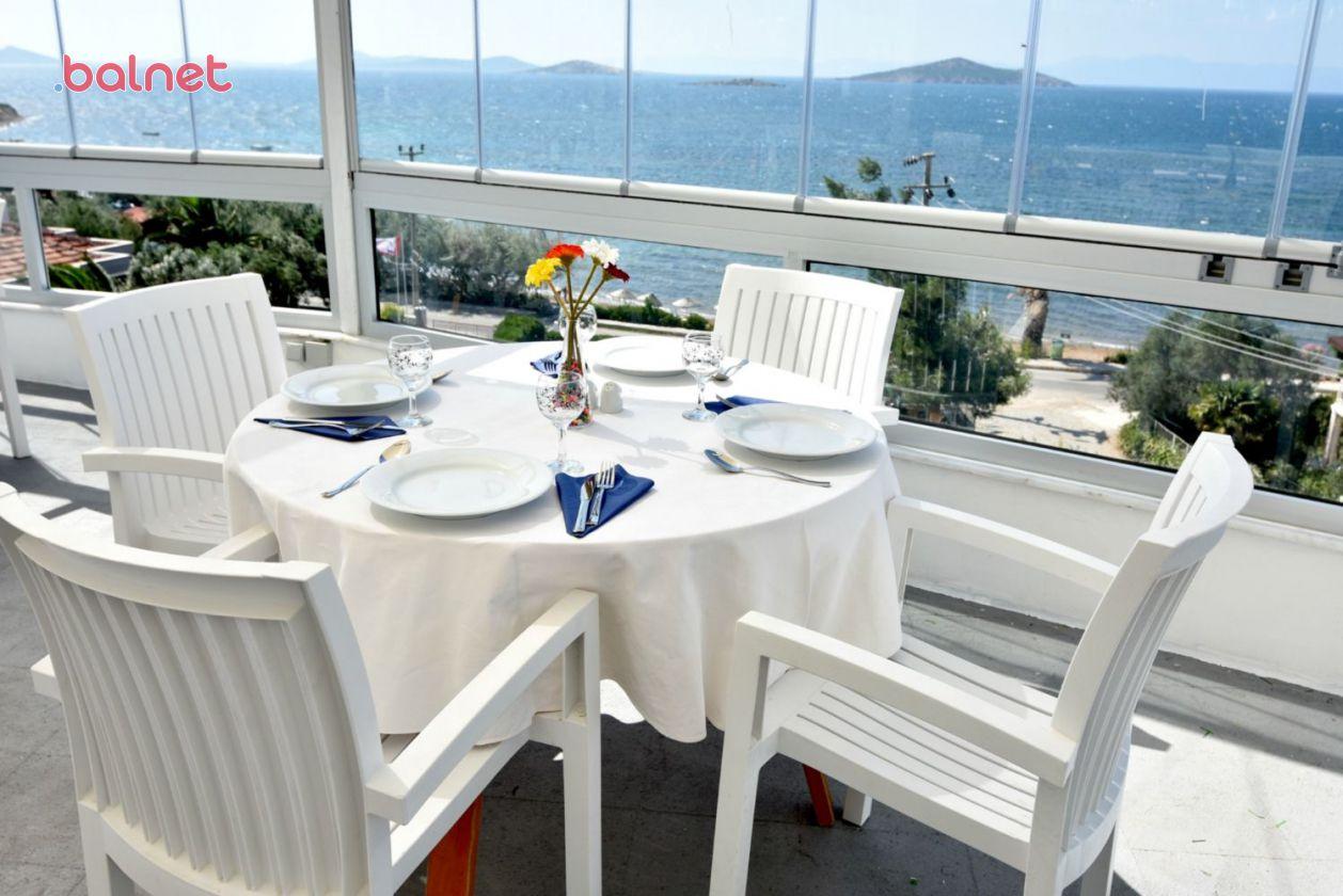 Restaurantımız ve Deniz