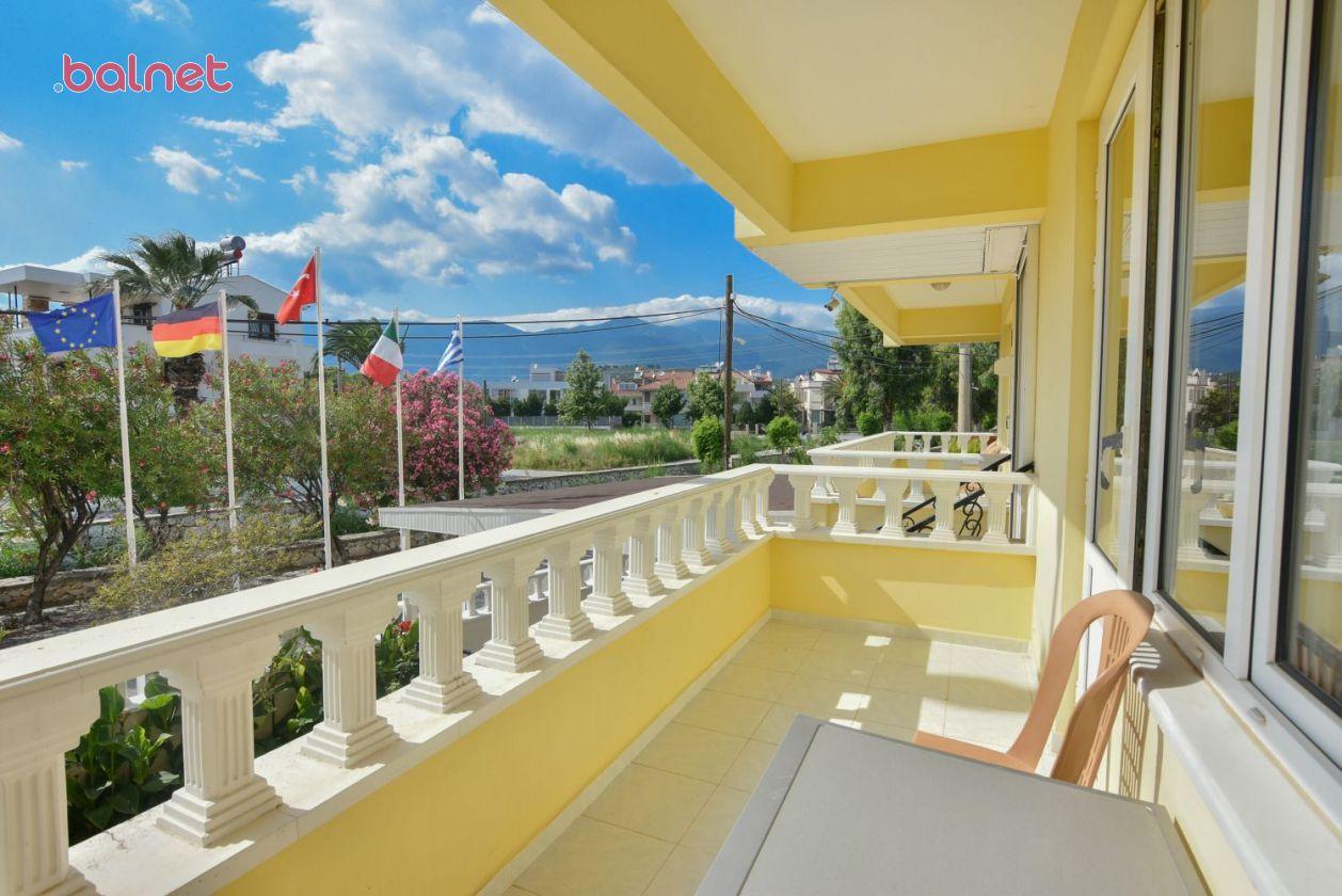 Çift Kişilik Odamızın Balkonu